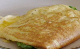 cheesy spinach omelette (1)