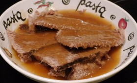 roast beef and gravy (1)